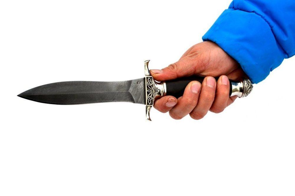 arsenal-damask-gladiator-grab