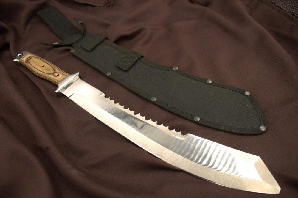 machete-alligator-65h13-fanera